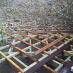Une terrasse en Ipé au niveau des porte-enêtres