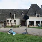 Yann:Cuisine d été-terrain pétanque-jacuzzi